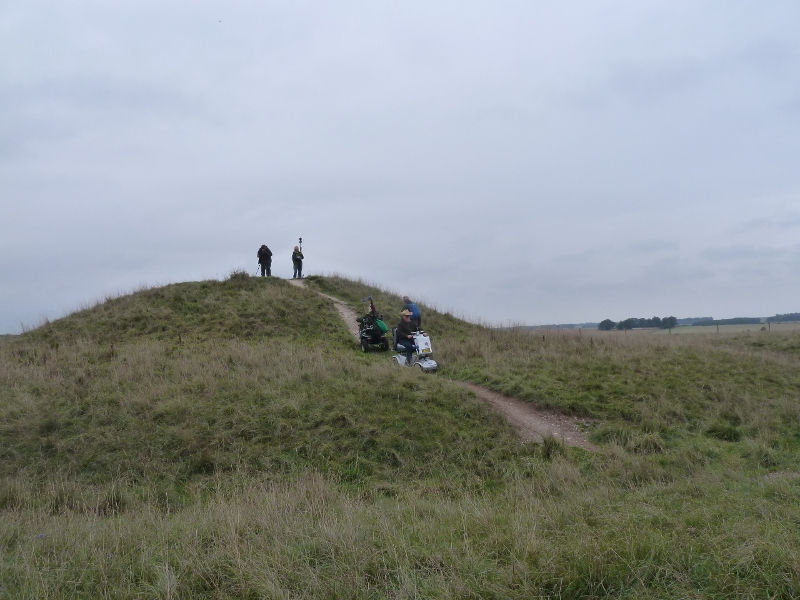 stonehenge-julian-richards-filming-liz-037-800x600