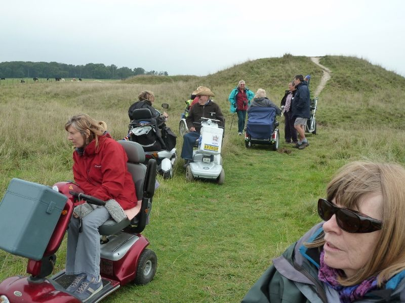 stonehenge-julian-richards-filming-liz-045-800x600