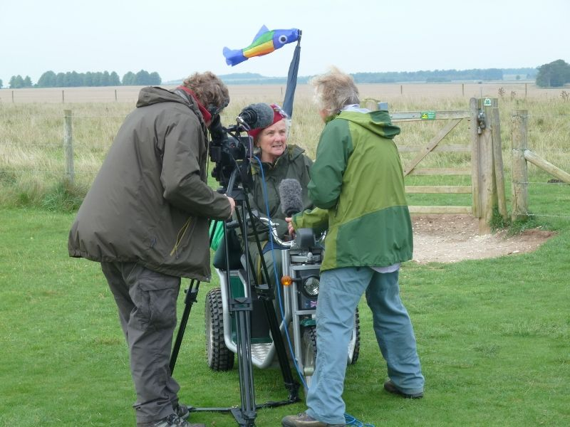 stonehenge-julian-richards-filming-liz-069-800x600