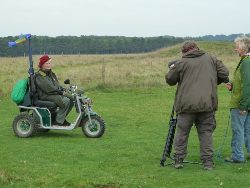 stonehenge-julian-richards-filming-liz-072-800x600