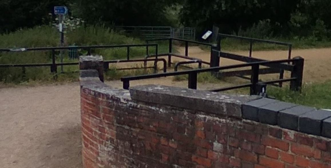 Barriers at Fobney Lock Reading