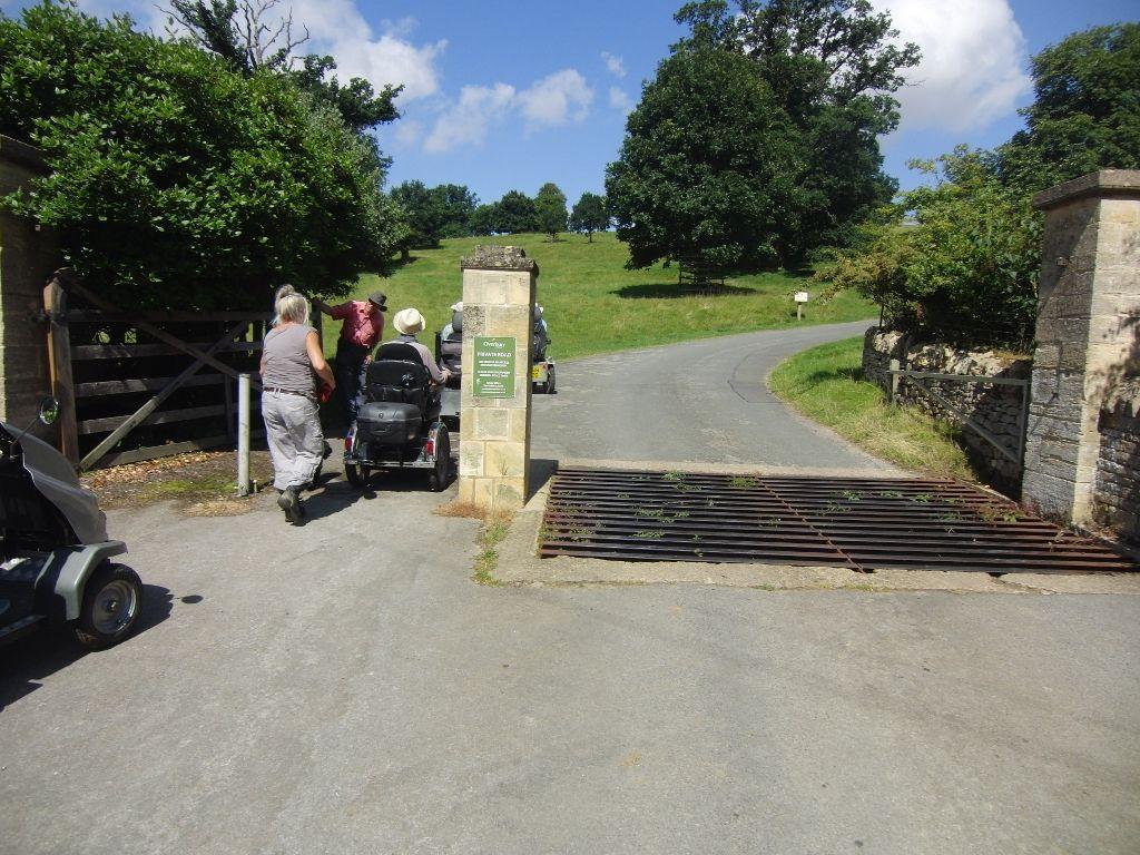 2016-07-22 Kemerton to Bredon Hill via Lalu Farm 014 (1024x768)
