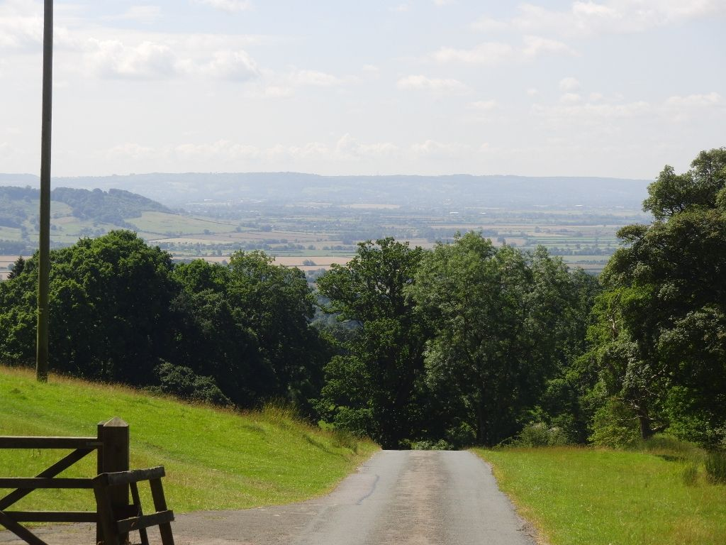 2016-07-22 Kemerton to Bredon Hill via Lalu Farm 030 (1024x768)