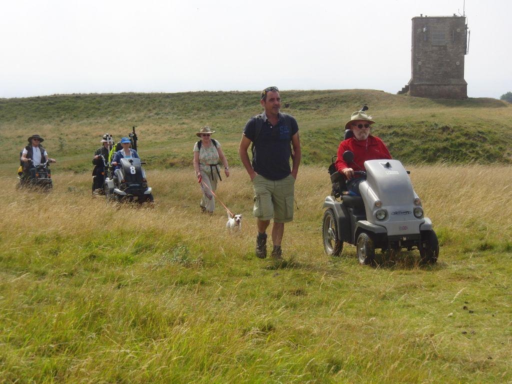2016-08-17 Kemerton to Lalu Farm, Bredon Tower, Bells Castle 013 (1024x768)
